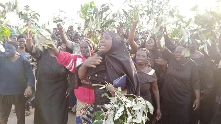 Youths and Women in Southern Kaduna stage protest over incessant killings (photos)