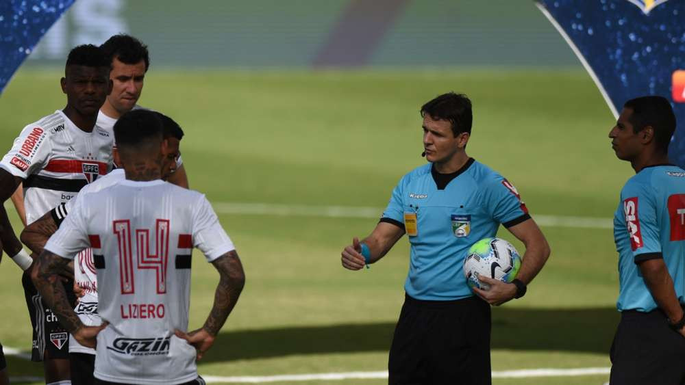 Brazilian game postponed moments before kick-off after 10 players test positive for Covid-19