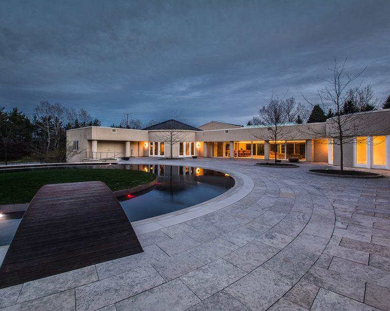 See inside Michael Jordan?s impressive seven-acre estate in Chicago that