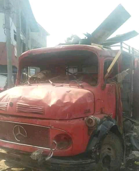 Governor Ikpeazu shuts down Bakasi Market after attack on Fire Service vehicles