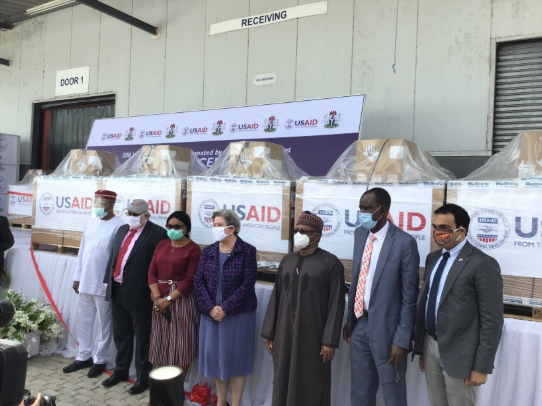 FG receives 200 ventilators from US government (photos)
