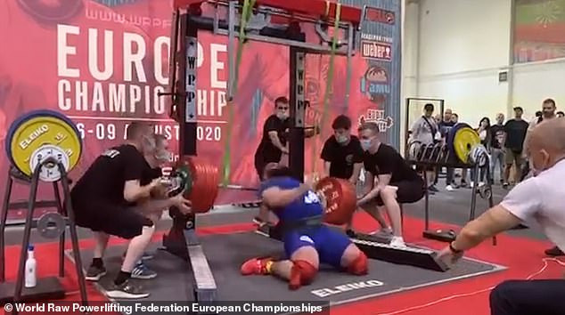Russian powerlifter breaks both knees as attempt to squat 400kg goes horribly wrong in terrifying video