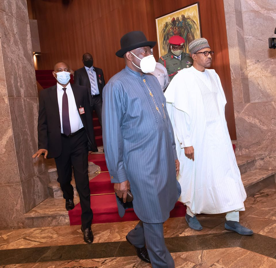 President Buhari and former President Goodluck Jonathan in closed door meeting (photos)