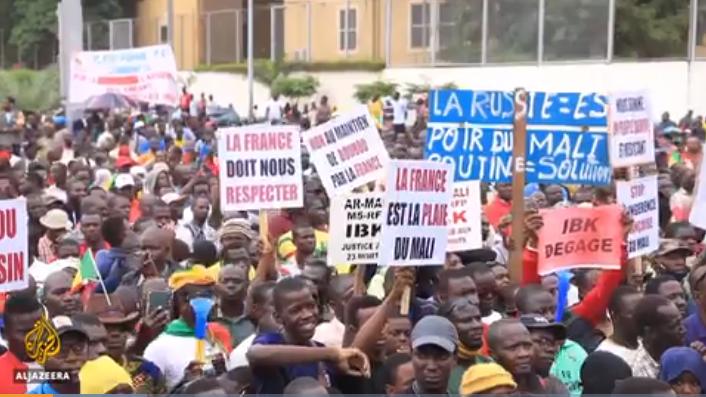 Gunfire heard at Mali army base as soldiers mutiny outside capital