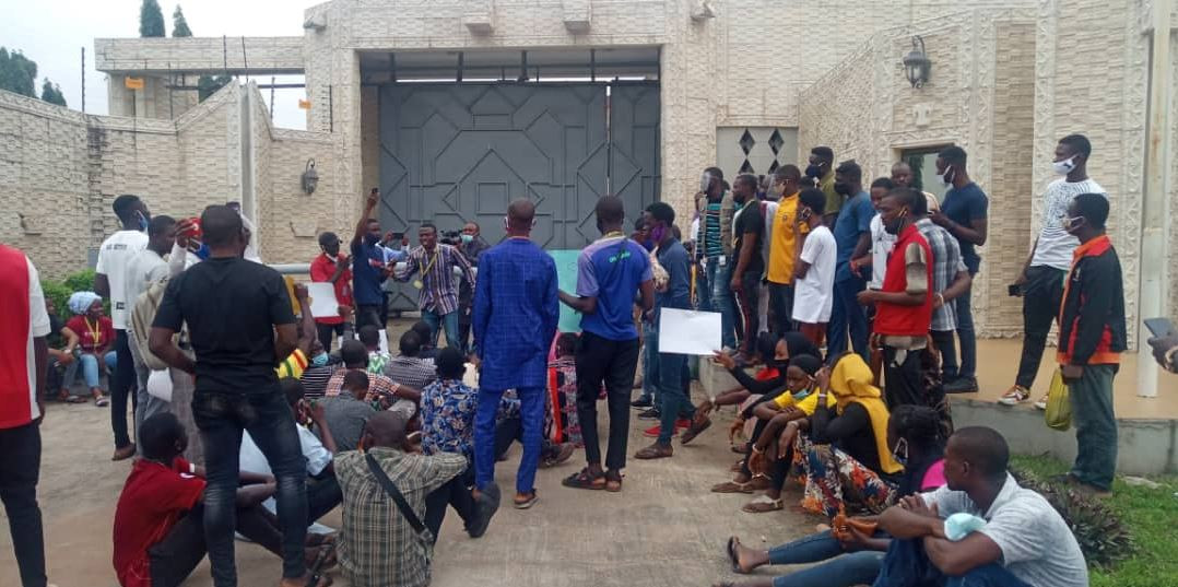 Undergraduates in Kwara state stage protest; demand reopening of higher institutions