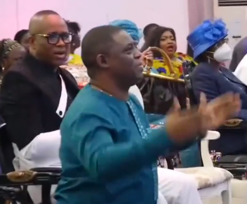 FFK goes on his knees as CAN chairman prophesies that he will someday rule Nigeria (video)
