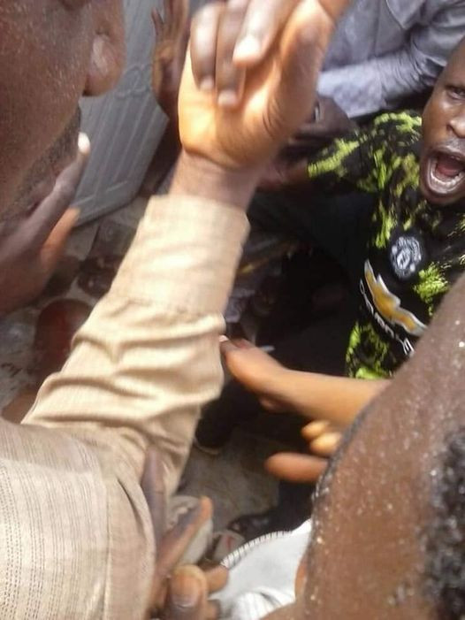 Moment ex-convict, 50, was caught raping 4-year-old girl in a Bauchi mosque (photos/video)