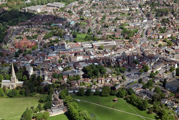 ?Earthquake with 3.3 magnitude hits Southern England?
