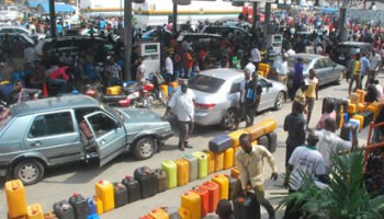 FG begins full deregulation, stops price bands for sale of petrol