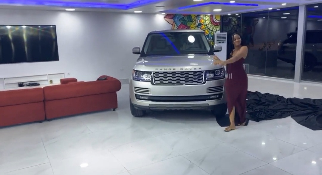 Actress Damilola Adegbite acquires a Range Rover (photos/video)