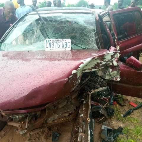Police officer wearing rosary beads killed after collision with a car in Kogi