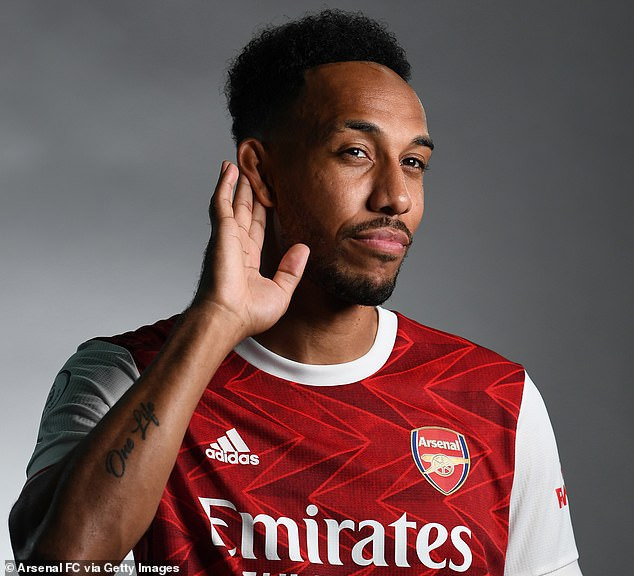 Pierre-Emerick Aubameyang finally signs new three-year contract worth