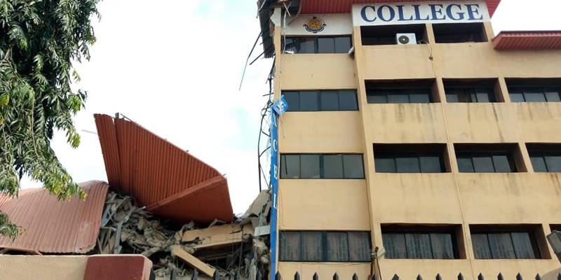 Collaped college in lagos 1
