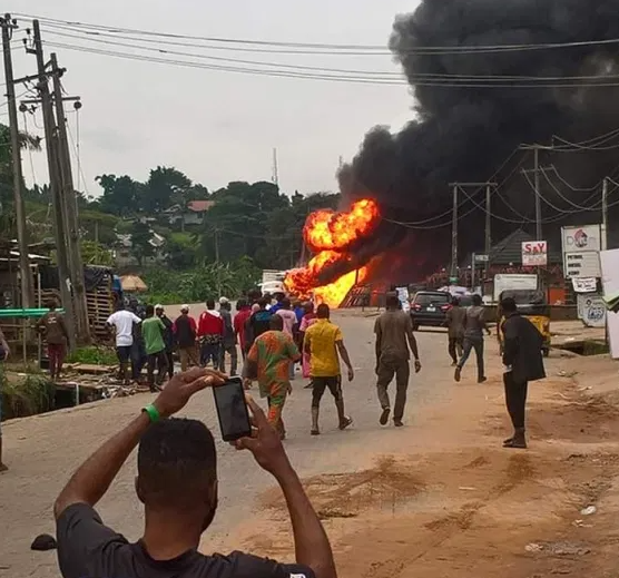 Many injured as gas tanker explodes in Lagos (photos/Videos)