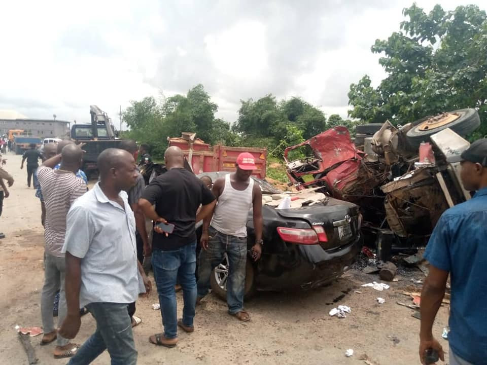 Four dead, others injured in Anambra auto crash