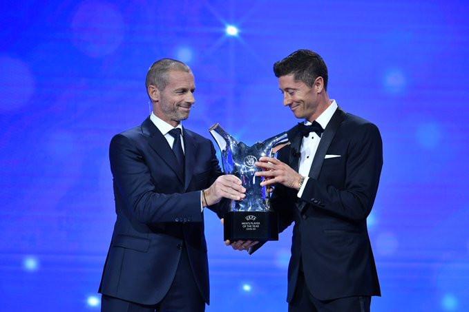 Bayern Munich striker, Robert Lewandowski wins UEFA Men