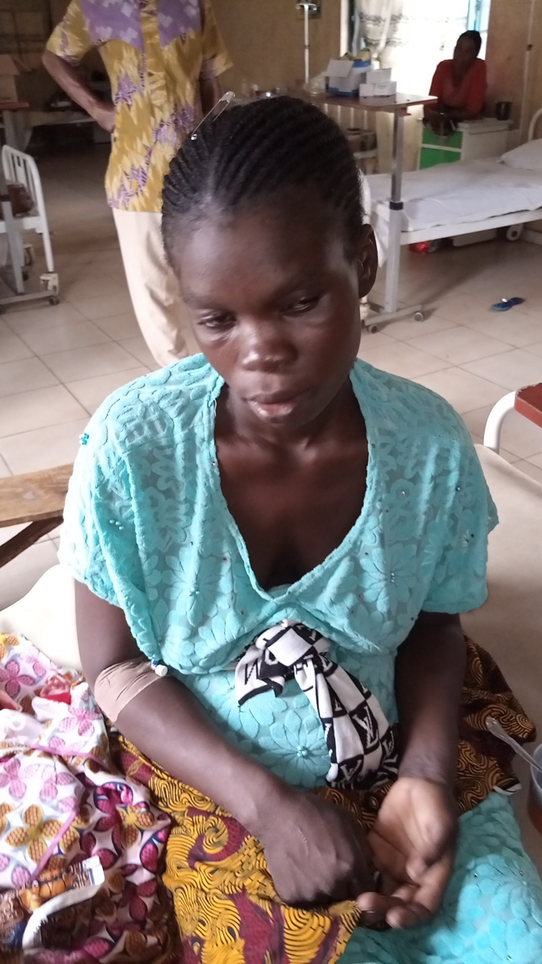 Young woman who was allegedly abandoned by her husband delivers triplets in Edo (photos)