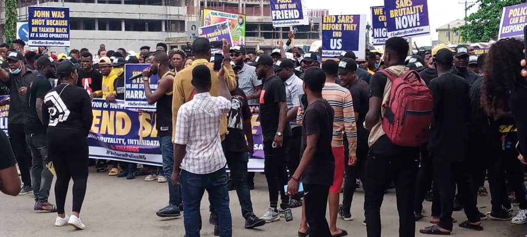 Youths in Edo state stage #EndSARS protest (photos)