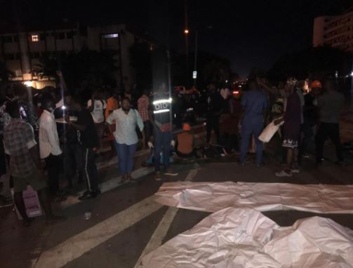 Again, #EndSARS protesters pass the night at Lagos government house (photos)
