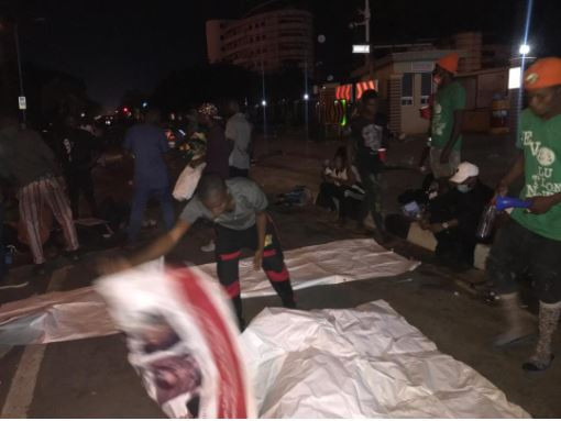 Again, #EndSARS protesters pass the night at Lagos government house lindaikejisblog  4