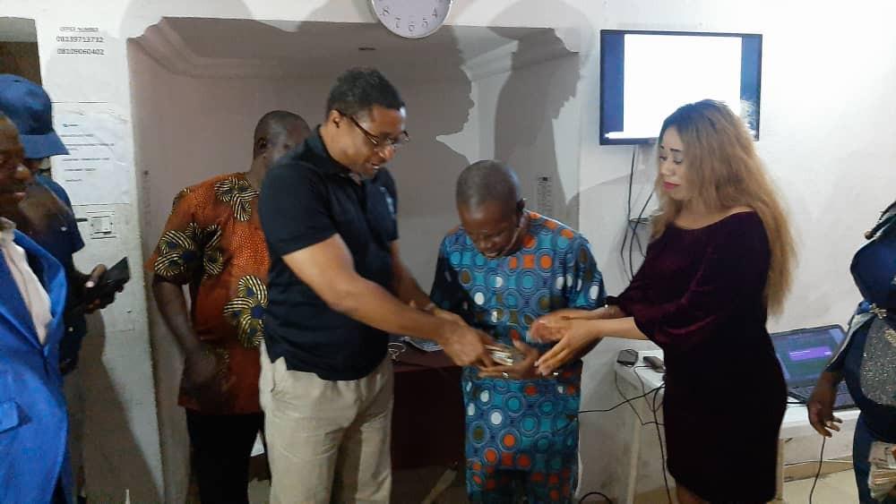 Lagos Entrepreneur Lilian Osuofia of Jigsumur Empowers Indigent Nigerians with Cash Gifts