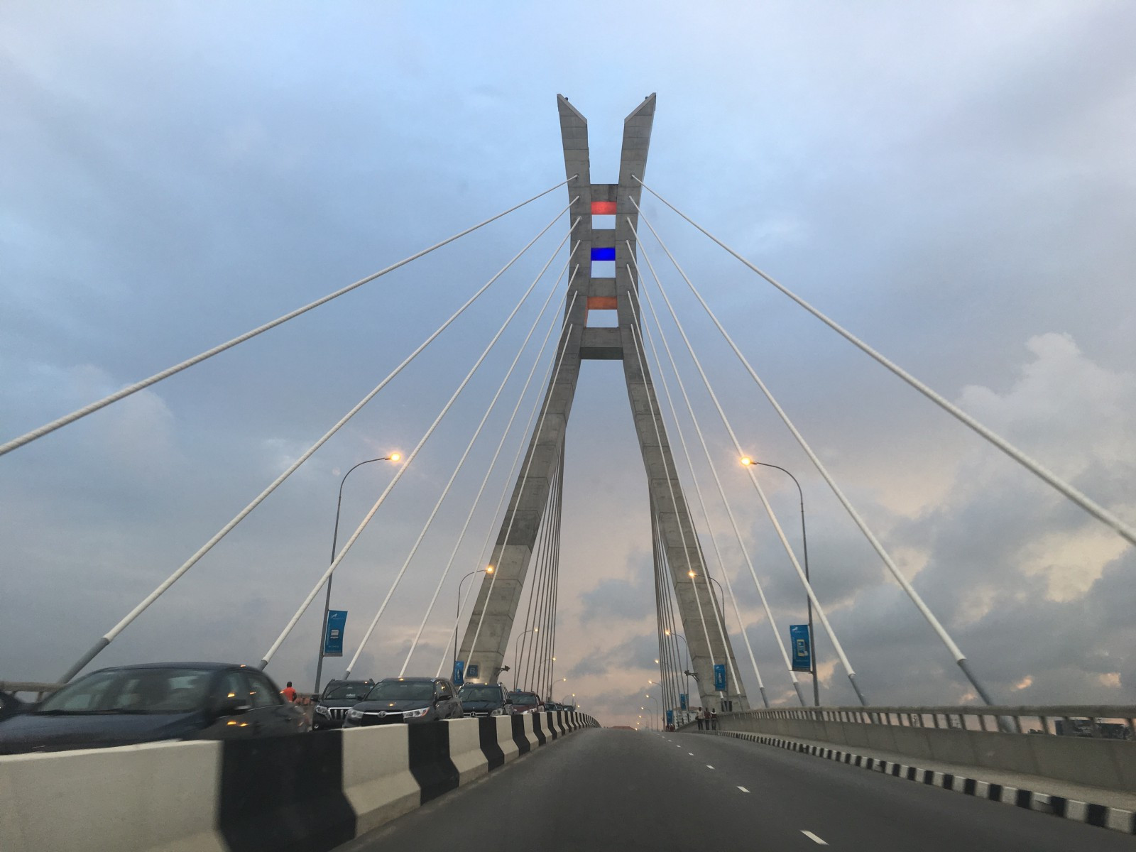 Man rescued from committing suicide on Ikoyi Link Bridge