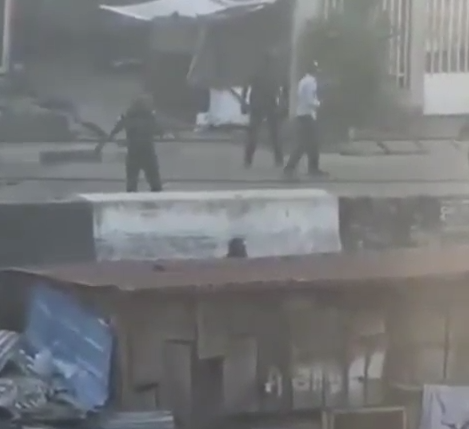 Policemen caught on camera shooting directly at people in Adekunle, Yaba (Video)