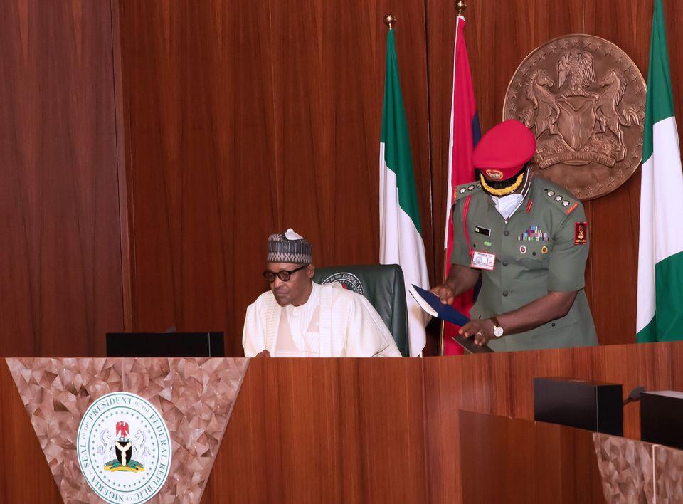 President Buhari presides over Federal Executive Council meeting, FEC (Photos)