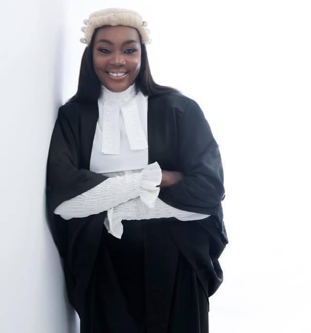 Lawyer lists all she achieved 5 years after losing her leg in an accident (photos)