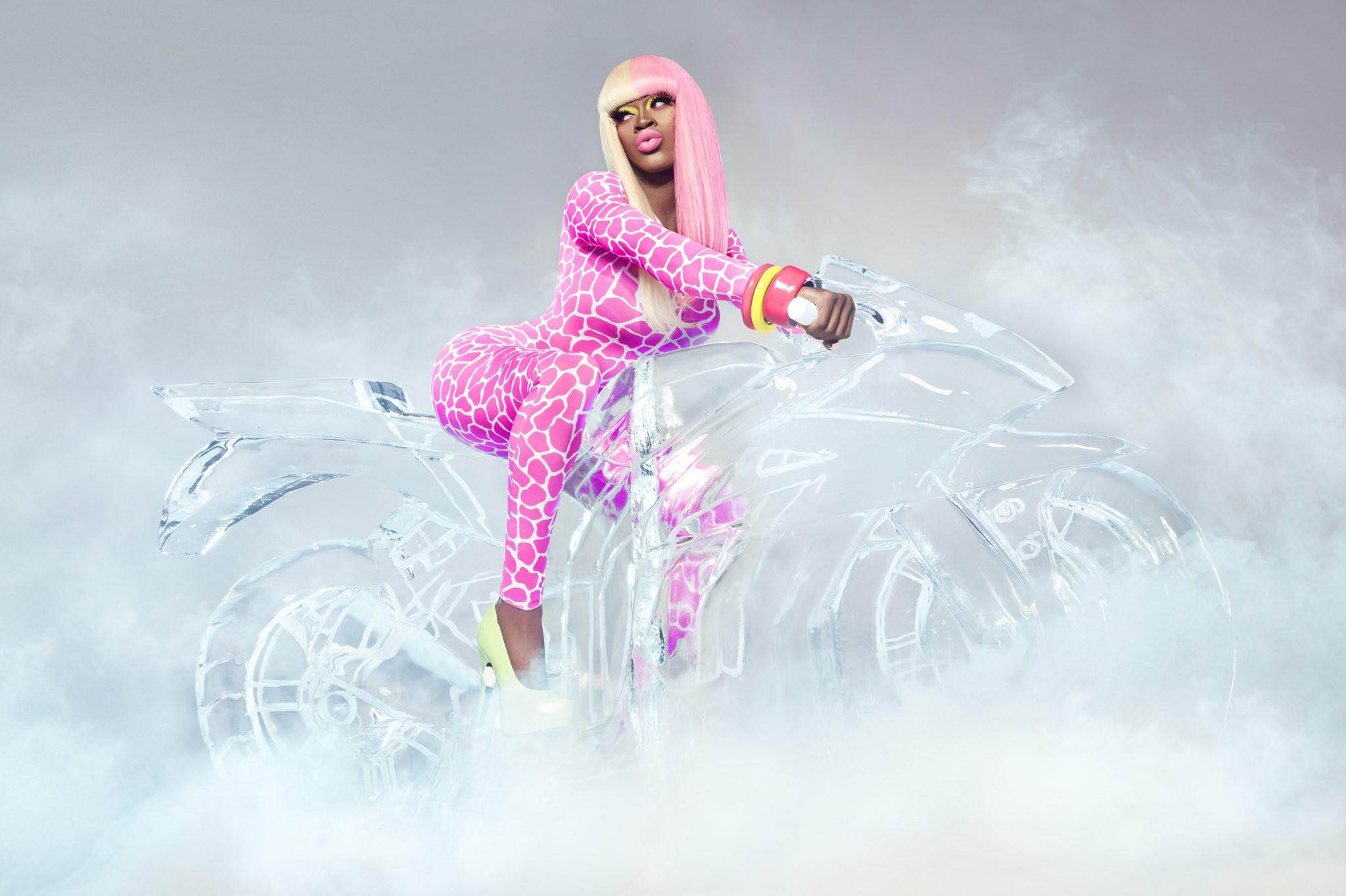 Lil Nas X transforms into Nicki Minaj for Halloween