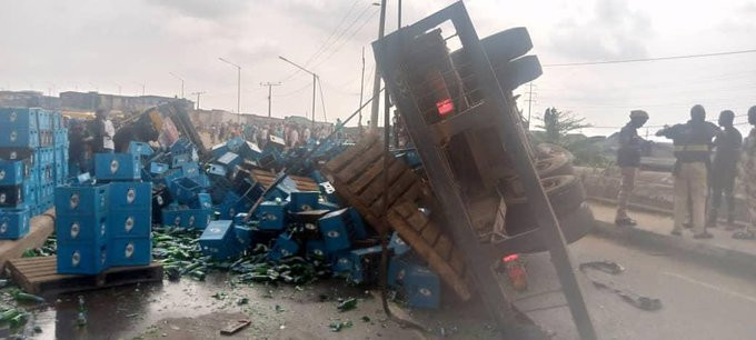 Two confirmed dead in multiple vehicular accident in Lagos (photos/Videos)