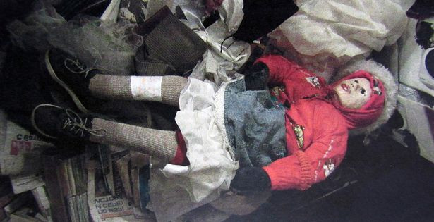 Russian historian robbed the graves of 29 female children and lived with their mummified corpses (graphic photos)