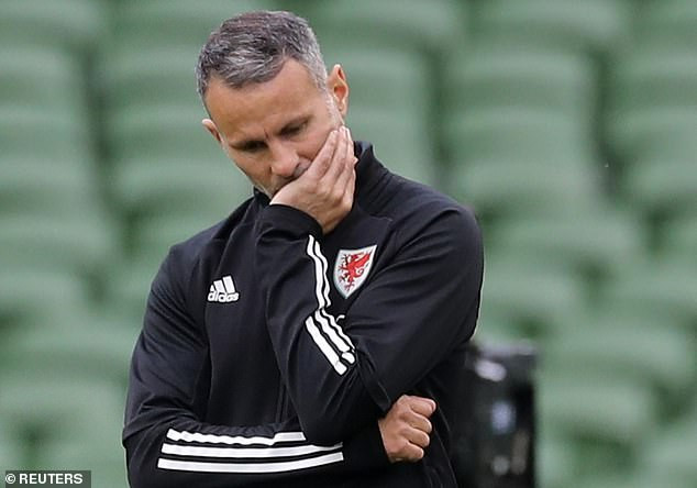Update: Ryan Giggs to stand down as Wales