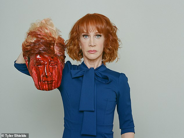 Kathy Griffin re-tweets her Donald Trump severed head photo on twitter today