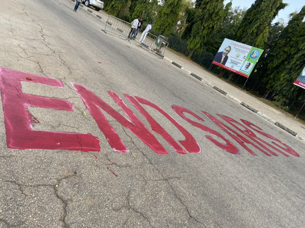 Five?#EndSARS?protesters allegedly attacked and arrested by the police in Abuja (photos/video)