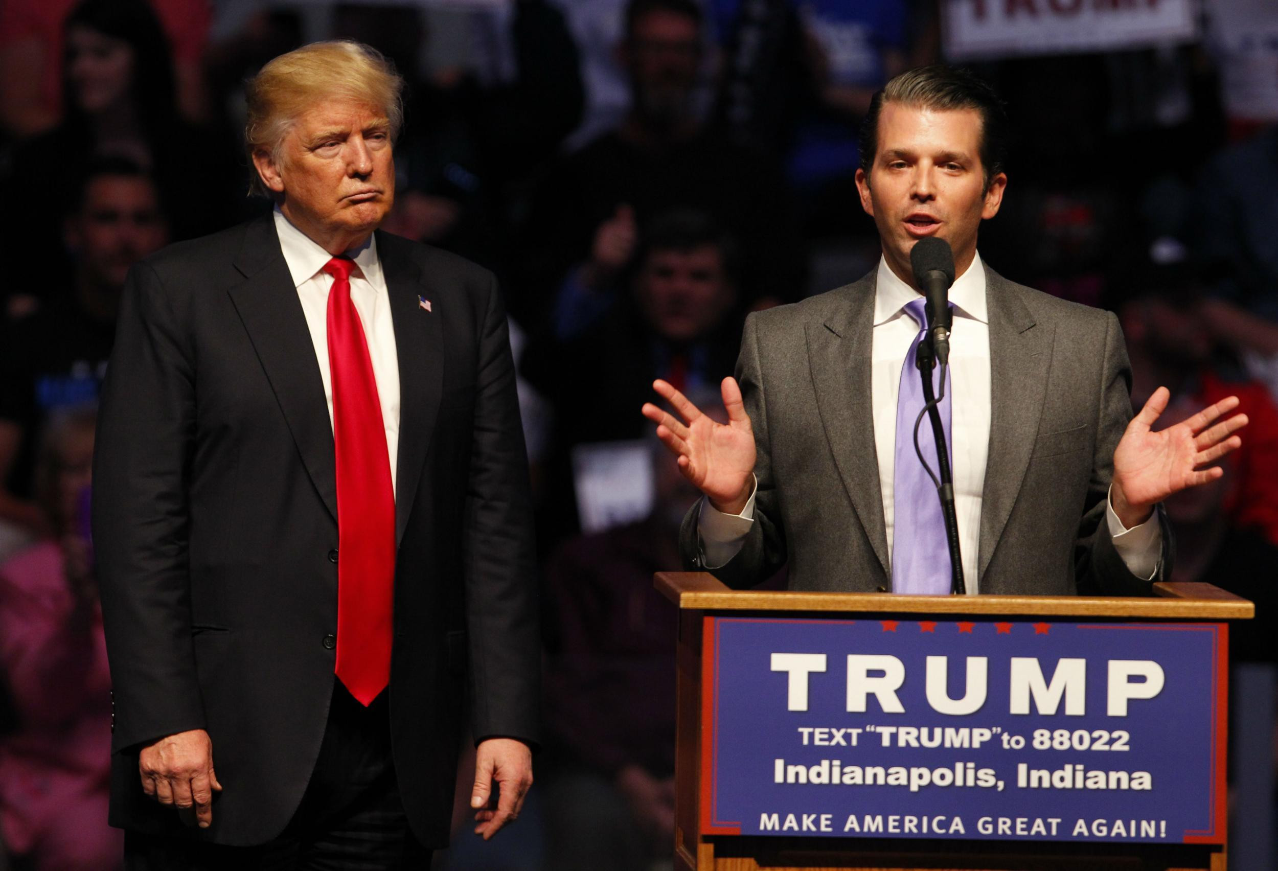 Donald Trump Jr urges?his dad to