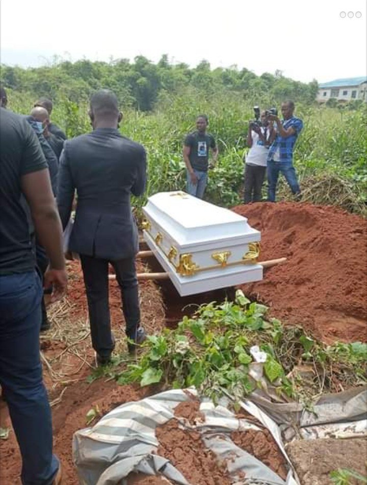 Tears as Vera Uwaila Omozuwa is laid to rest (photos/videos)