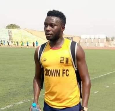 Nigerian footballer slumps and dies during a friendly match in Ogun