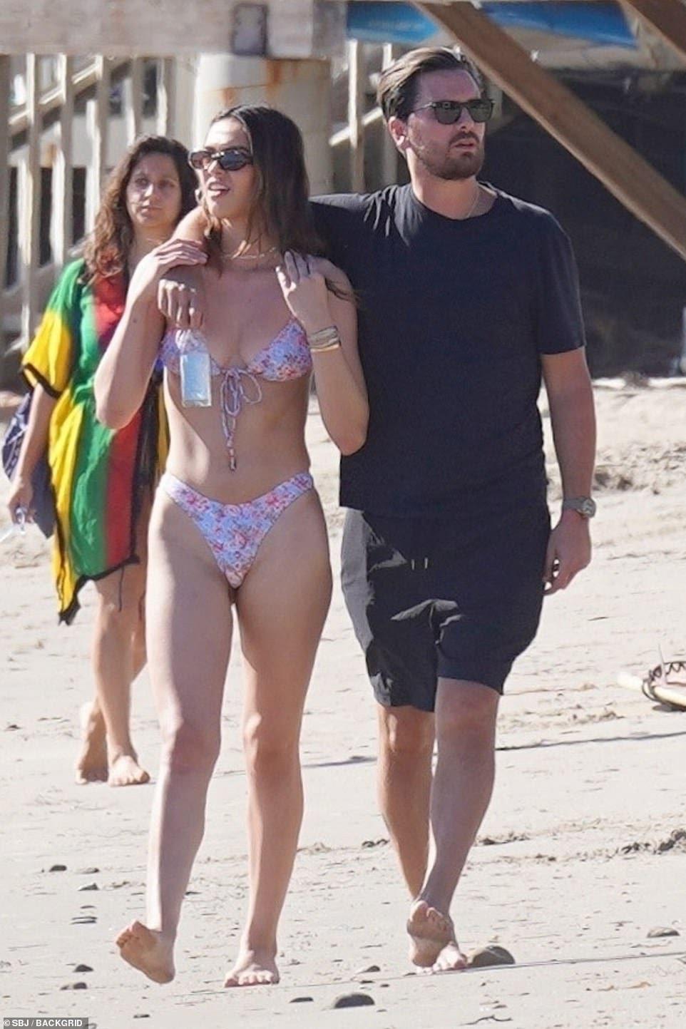 Scott Disick goes to the beach with Amelia Hamlin