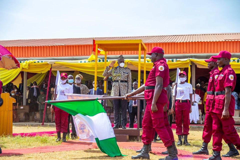 Photos from the passing-out ceremony of the ?m?t?k?n Corps in Oyo state