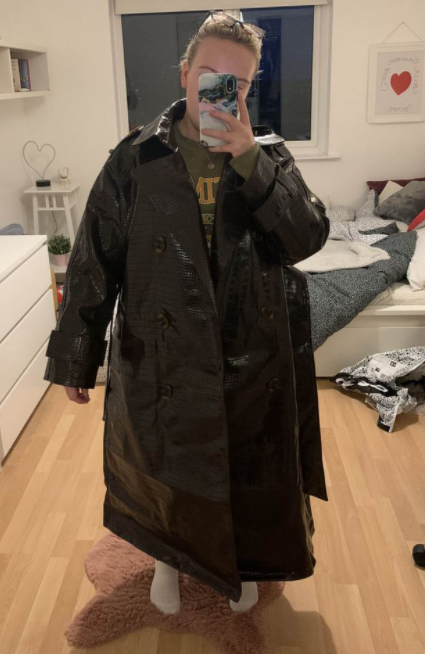 Expectation vs reality: Woman orders ?75 ASOS coat online and is in stitches when it turns up