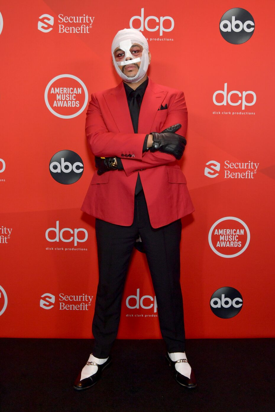 See how celebrities turned up for the 2020 American Music Awards (photos)