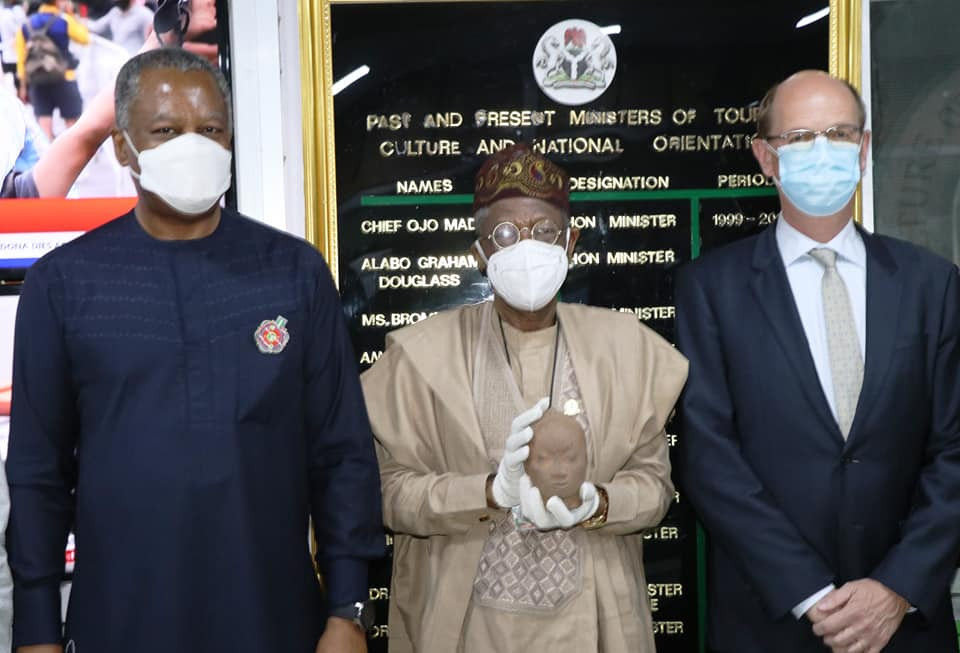 Nigeria receives smuggled 600-year old Ife artifact from the Netherlands