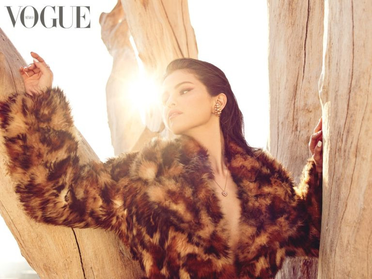 Selena Gomez shares photos from her Vogue Mexico shoot as she covers the December/January issue