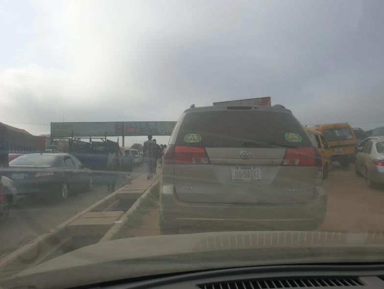 Tanker goes up in flames on Magboro Bridge outward Lagos-Ibadan Expressway (video)