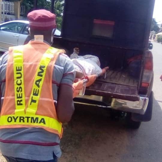 Body of unidentified woman found dumped by the roadside in Ibadan
