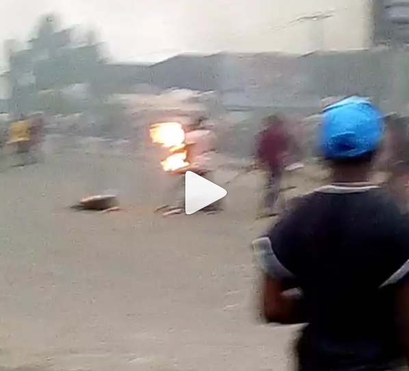 "Unrest in Rukpokwu community of Rivers State as young Keke Napep driver is allegedly shot dead by a policeman over ""N100"" (video)"