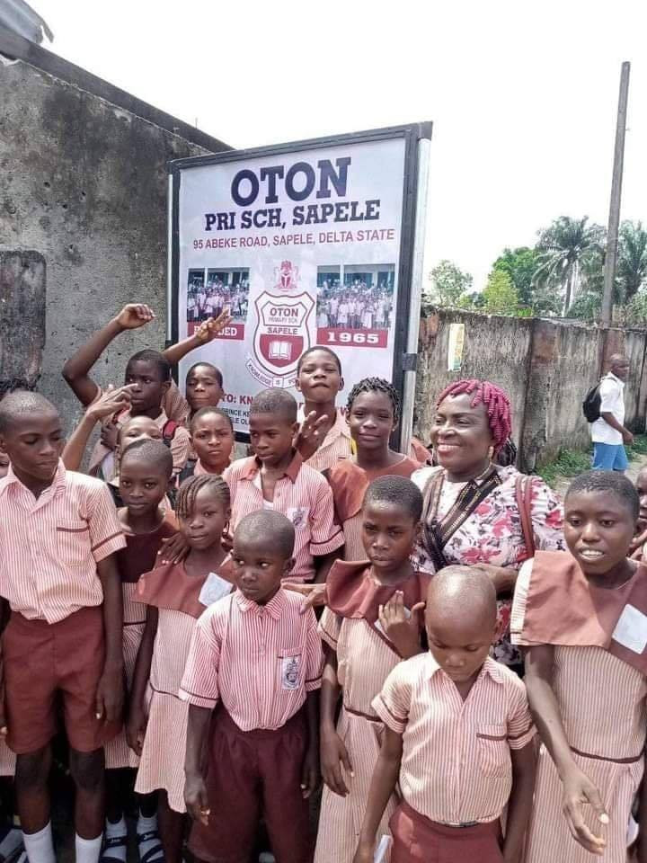 55 year old primary school in Delta state gets a signboard for the first time