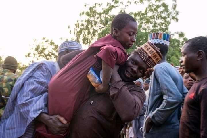 Tears of joy and thanksgiving as Kankara schoolboys reunite with parents (photos)
