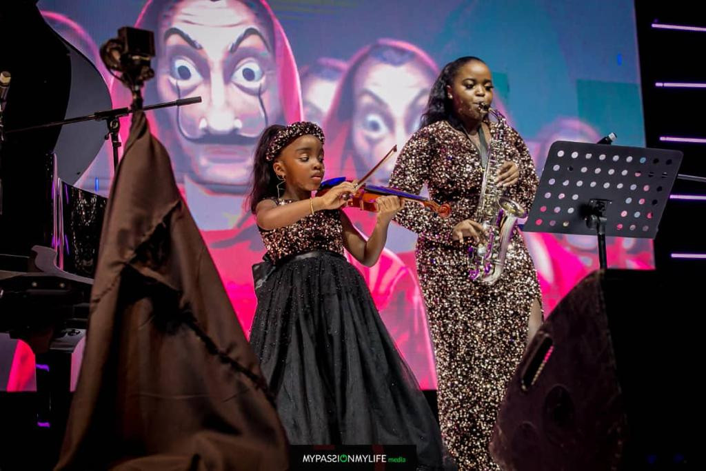 Photos of NFF President, Amaju Pinnick and his family at his 50th birthday bash